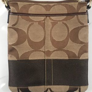 Coach Bags - Coach crossbody purse